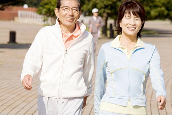 積極的な運動療法で、筋力を落とさずに痛みを解消